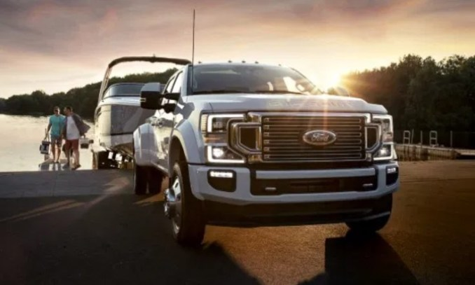 2022 Ford F450 Exterior
