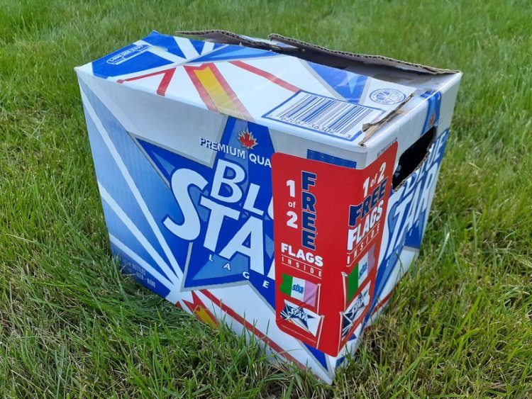 Blue Star Beer Flags Box