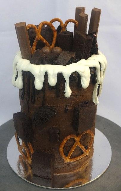 drip-cake-full-new-gen-baker