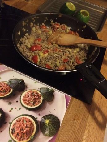 WW Recipe: meat-stuffed corgettes—yum!