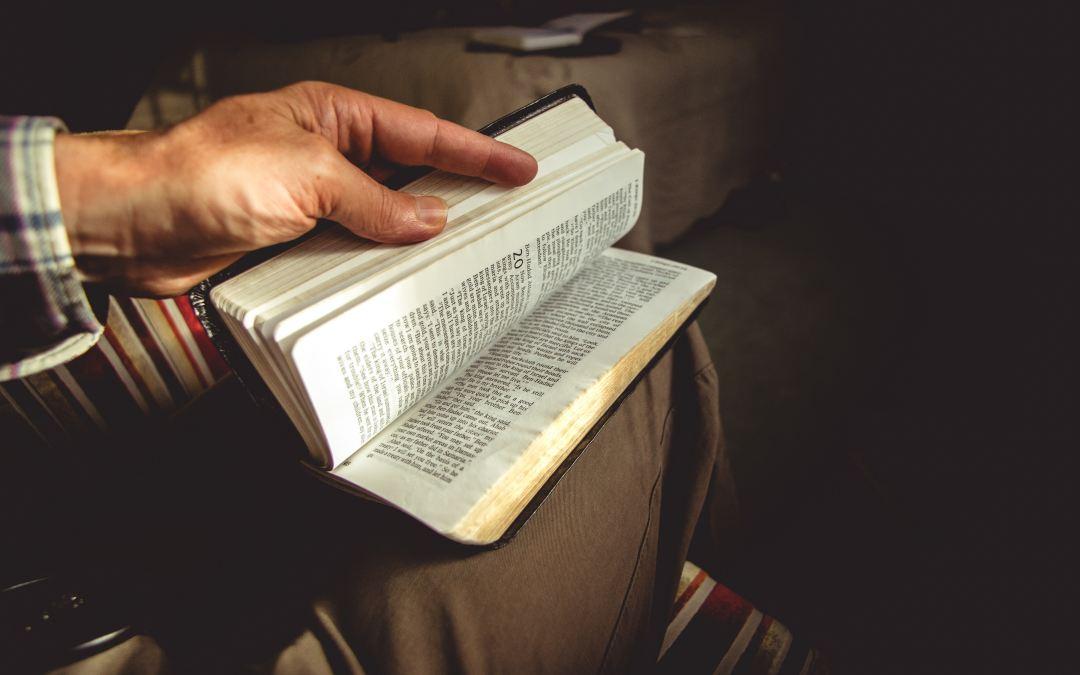 "Oct 3  Jonathan Stubbs  ""Who Is Jesus?"""
