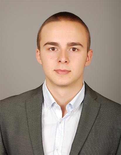 Даниел Петров