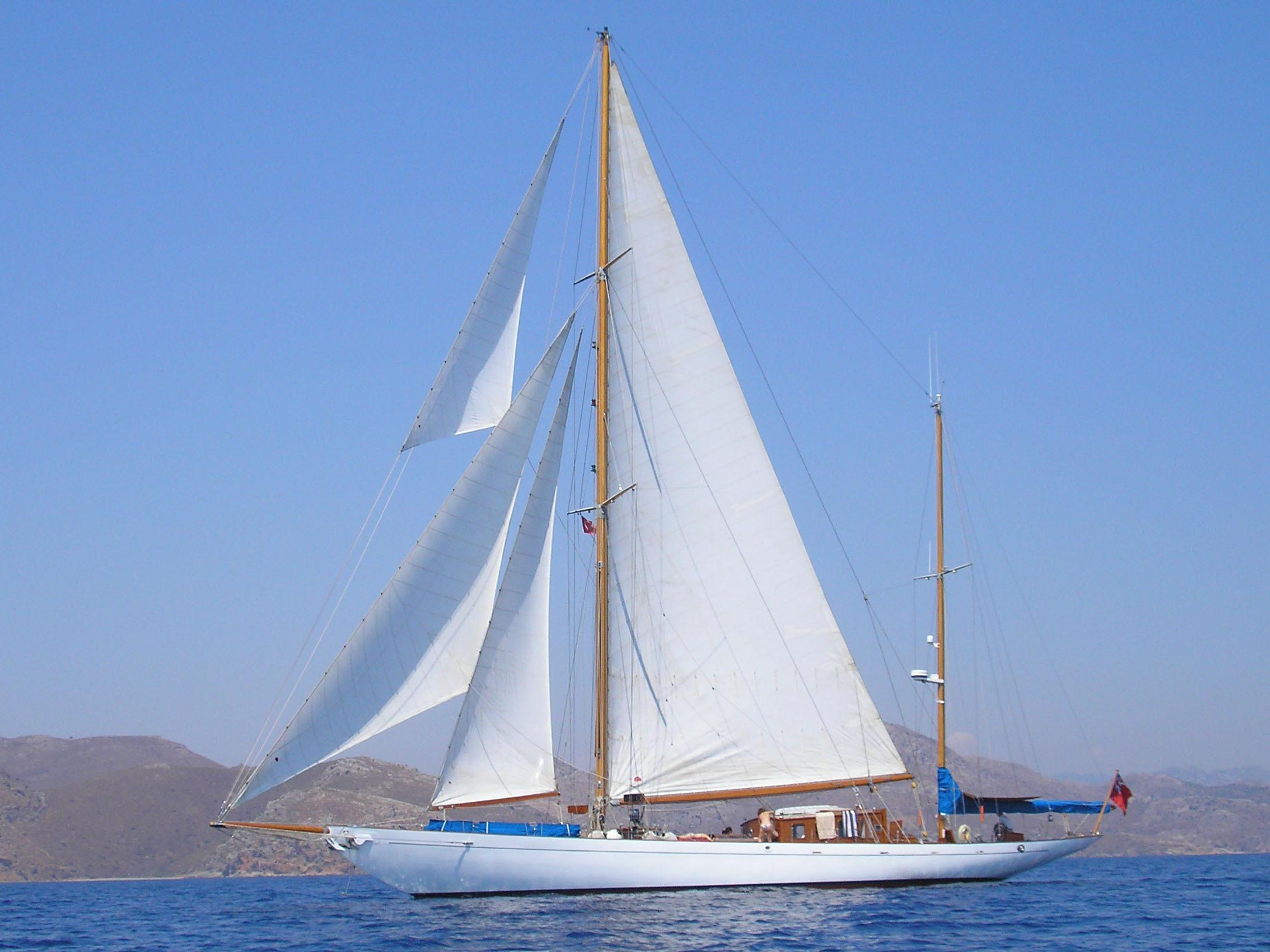 1933 Camper Amp Nicholsons Classic 114FT Ketch Sail Boat For