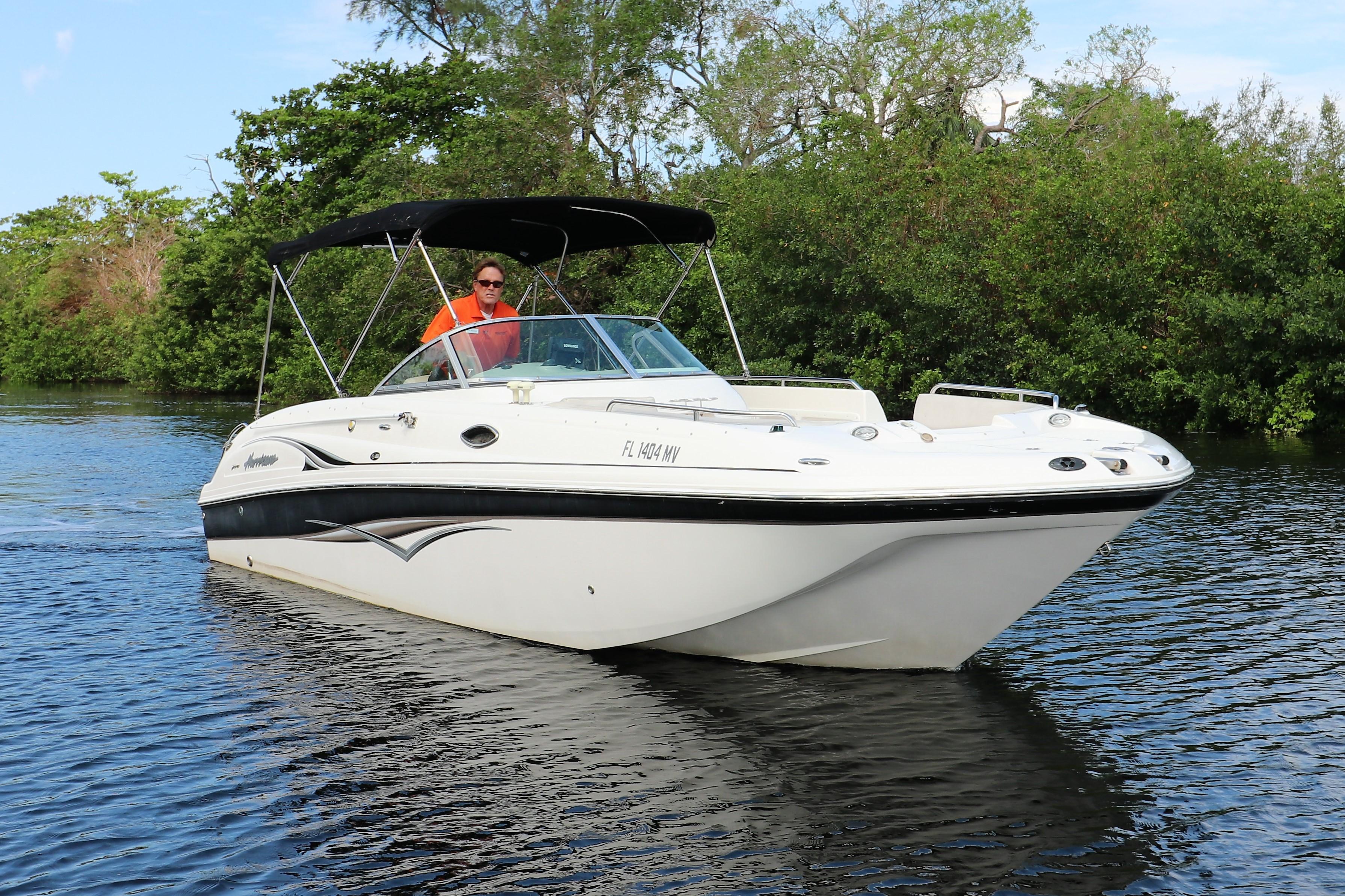 2005 Hurricane SunDeck 260 OB Power Boat For Sale Www