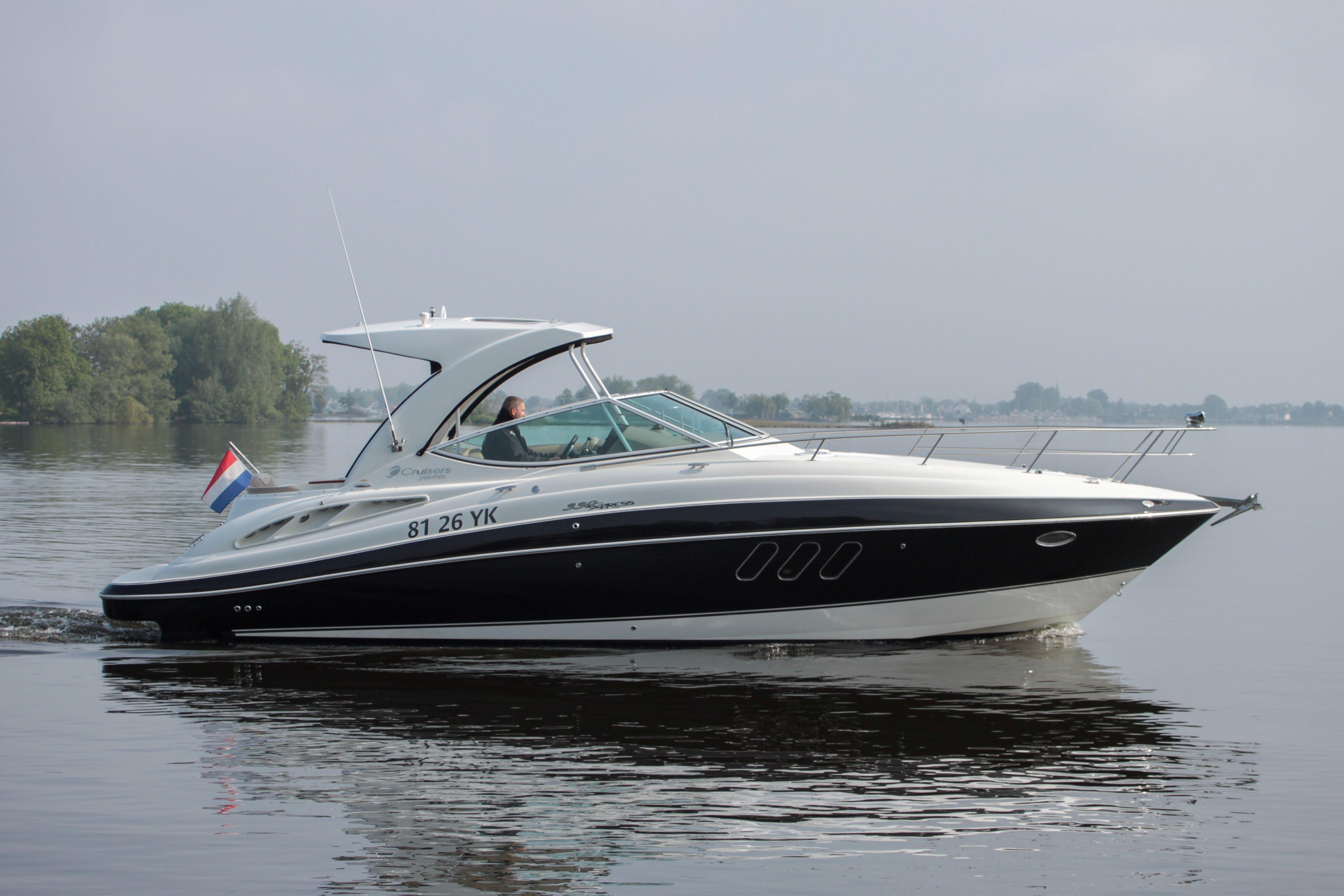 2010 CRUISER YACHT 330 Express Power Boat For Sale Wwwyachtworldcom
