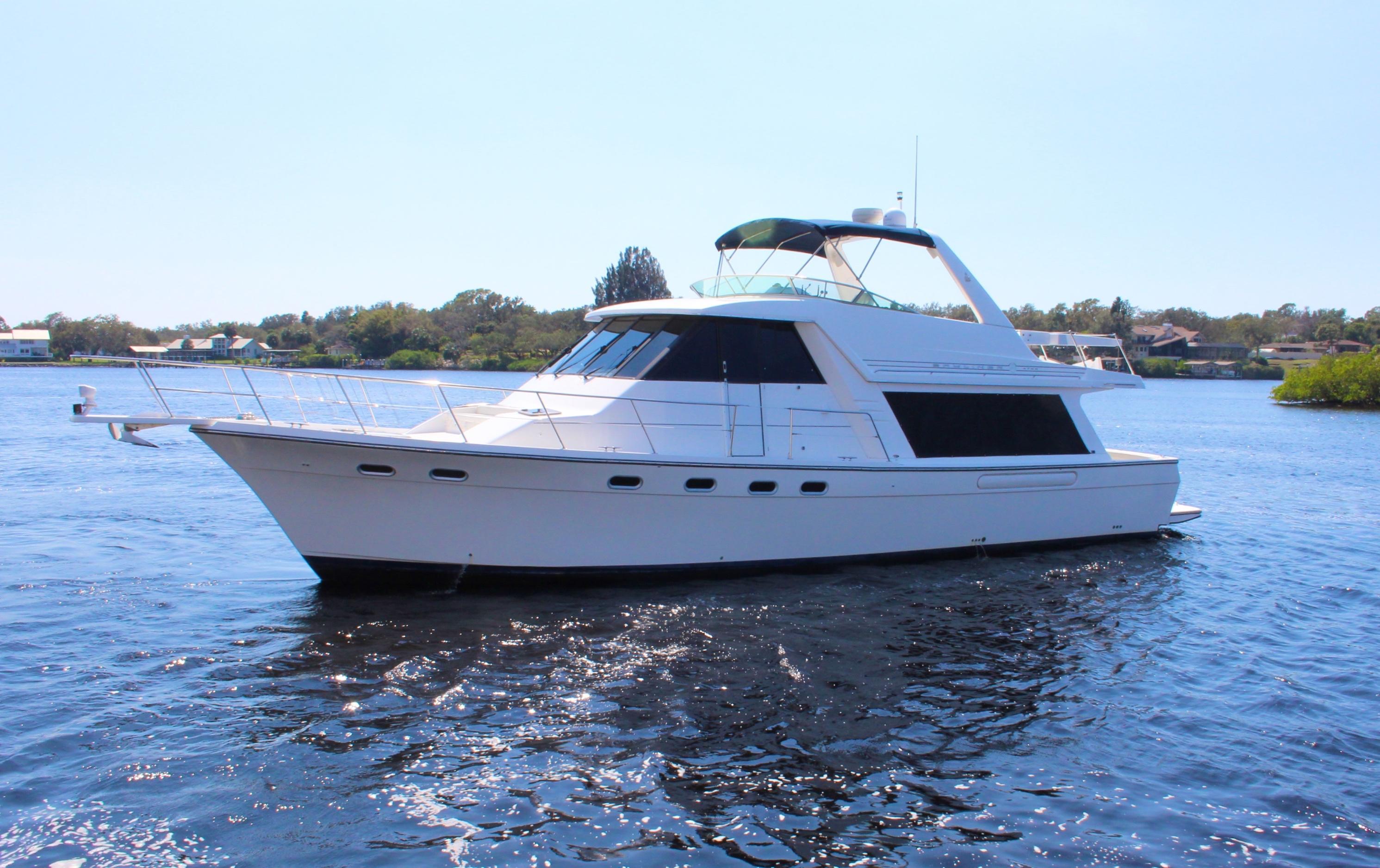 2000 Bayliner 4788 Pilot House Motoryacht Power Boat For