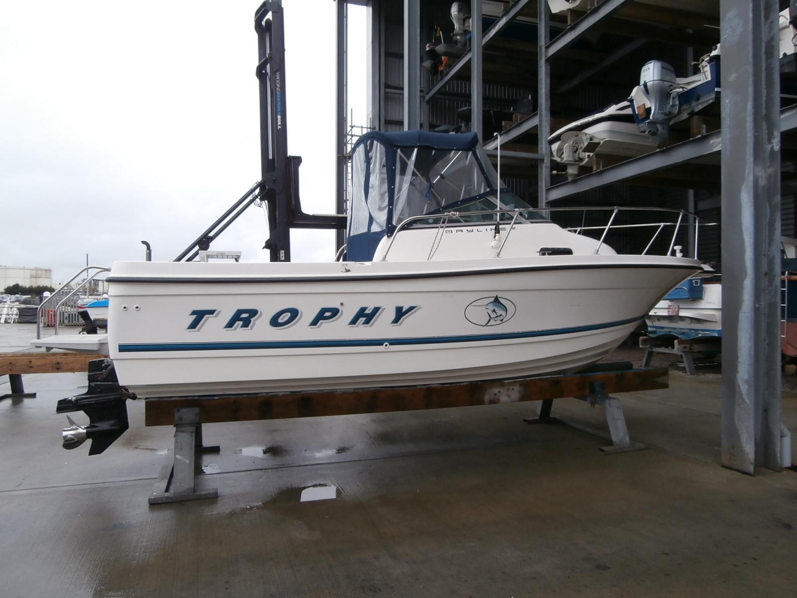 1999 Bayliner Trophy 2052 FD Power New And Used Boats For Sale