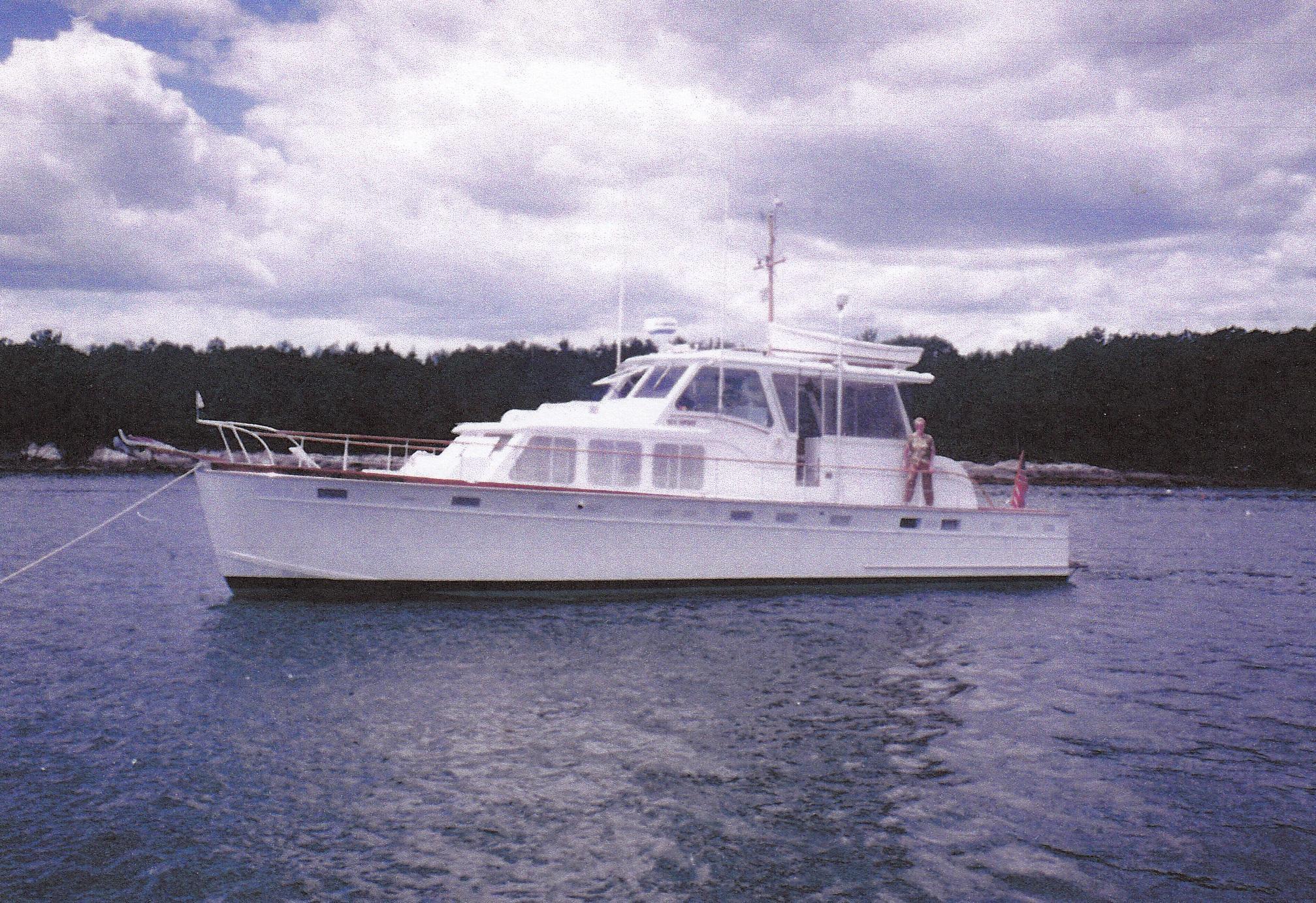 1963 Huckins Linwood 53 Motoryacht Power Boat For Sale