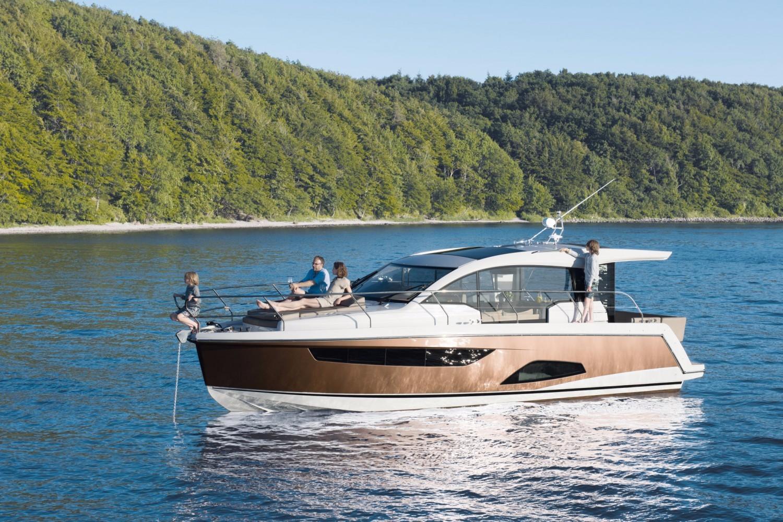 2019 Sealine C330 Power Boat For Sale Wwwyachtworldcom
