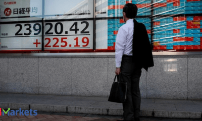 Asian stocks extend global slide as inflation fears bite