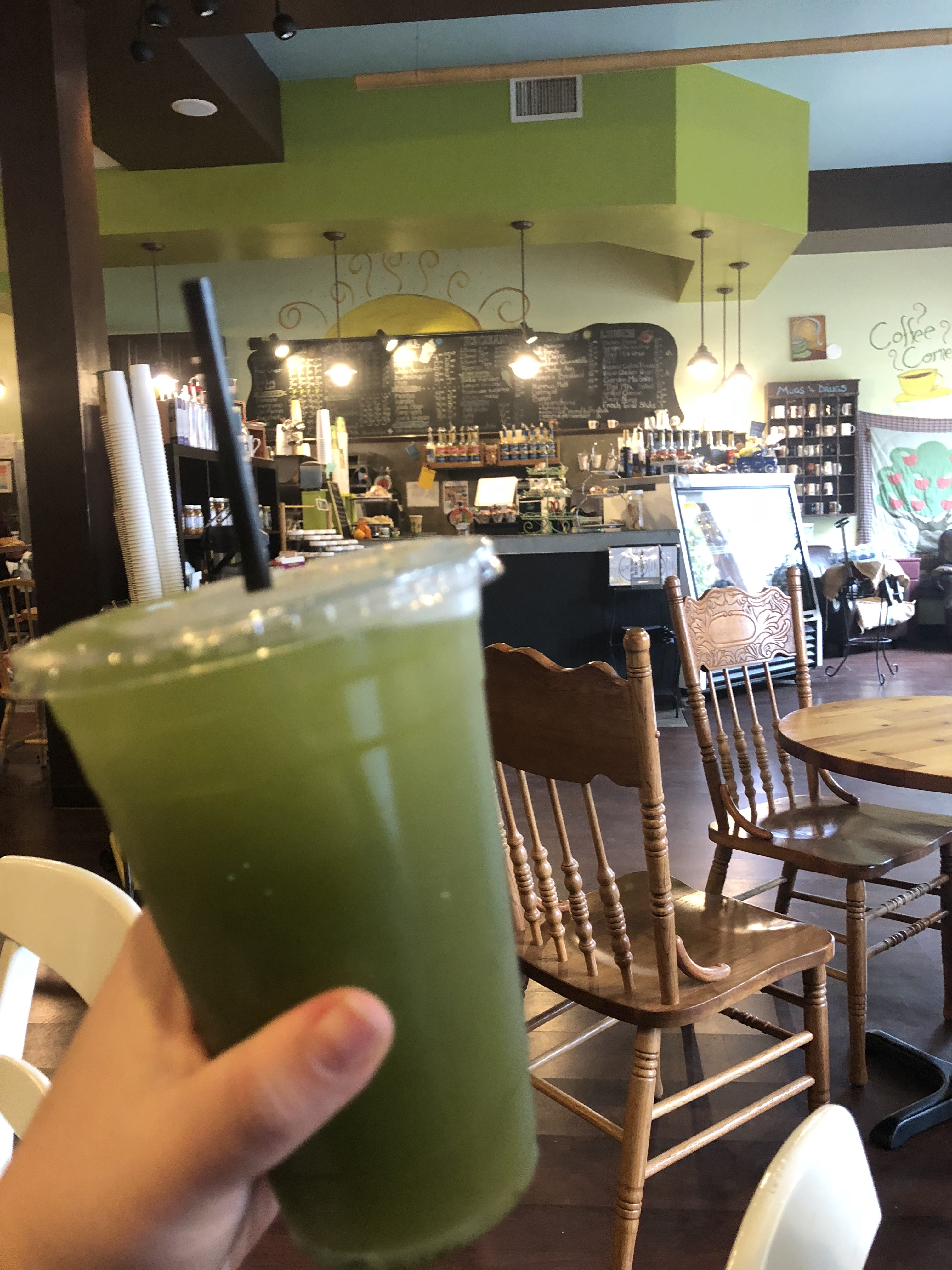 Working from a Coffee Shop: The Treehouse Coffee Shop in Audubon