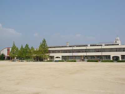 光明台南小学校