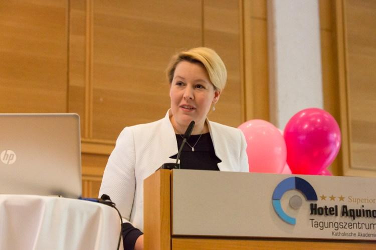 Familienministerin Dr. Franziska Giffey auf der Blogfamilia 2018 (Foto: Anne Freitag)