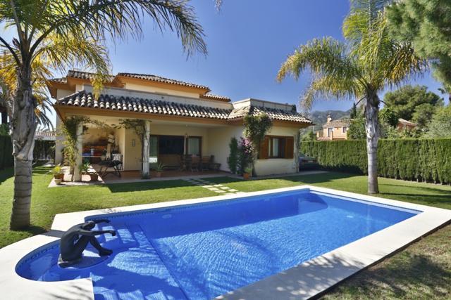 Villa Marbella – RIO REAL – Lomas de Pozuelo