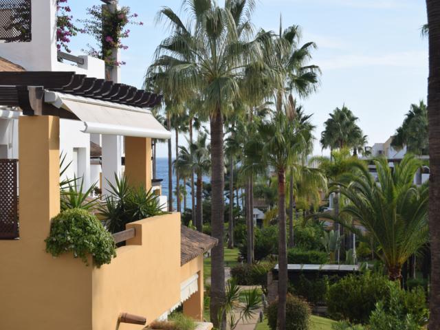 Beach apartment – fantastic price