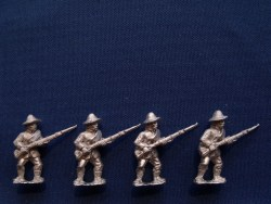 Infantry in Slouch Hat, Sack Coat & Blanket Roll, At Ready