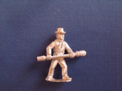 Gunner with Rammer, Round hat, shirt