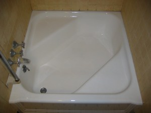 Middleboro-Bathtub-After.jpg