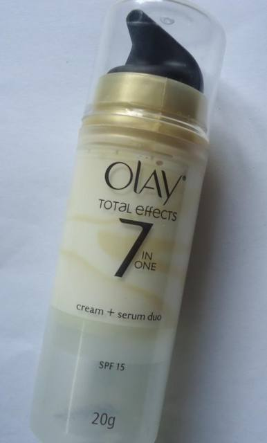 Olay Total Effects Moisturiser + Serum Duo Review