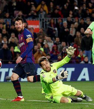 Messi scores against Levante