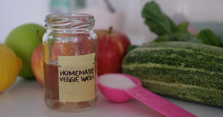 DIY Fruit & Vegetable Pesticide Wash