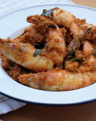 Easy Dry Prawn Curry (Prawn Paretal) – 7 Ingredients