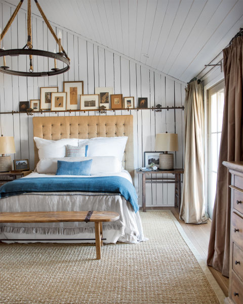 raising-the-barn-bedroom-0615