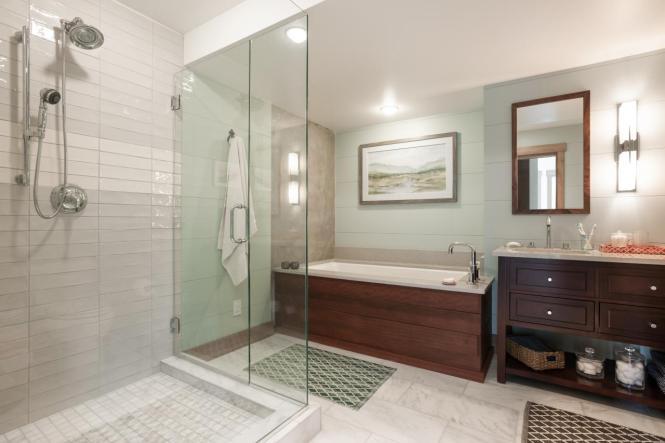 bc2015_guest-bathroom_01_hero-shot_h.jpg.rend.hgtvcom.1280.853