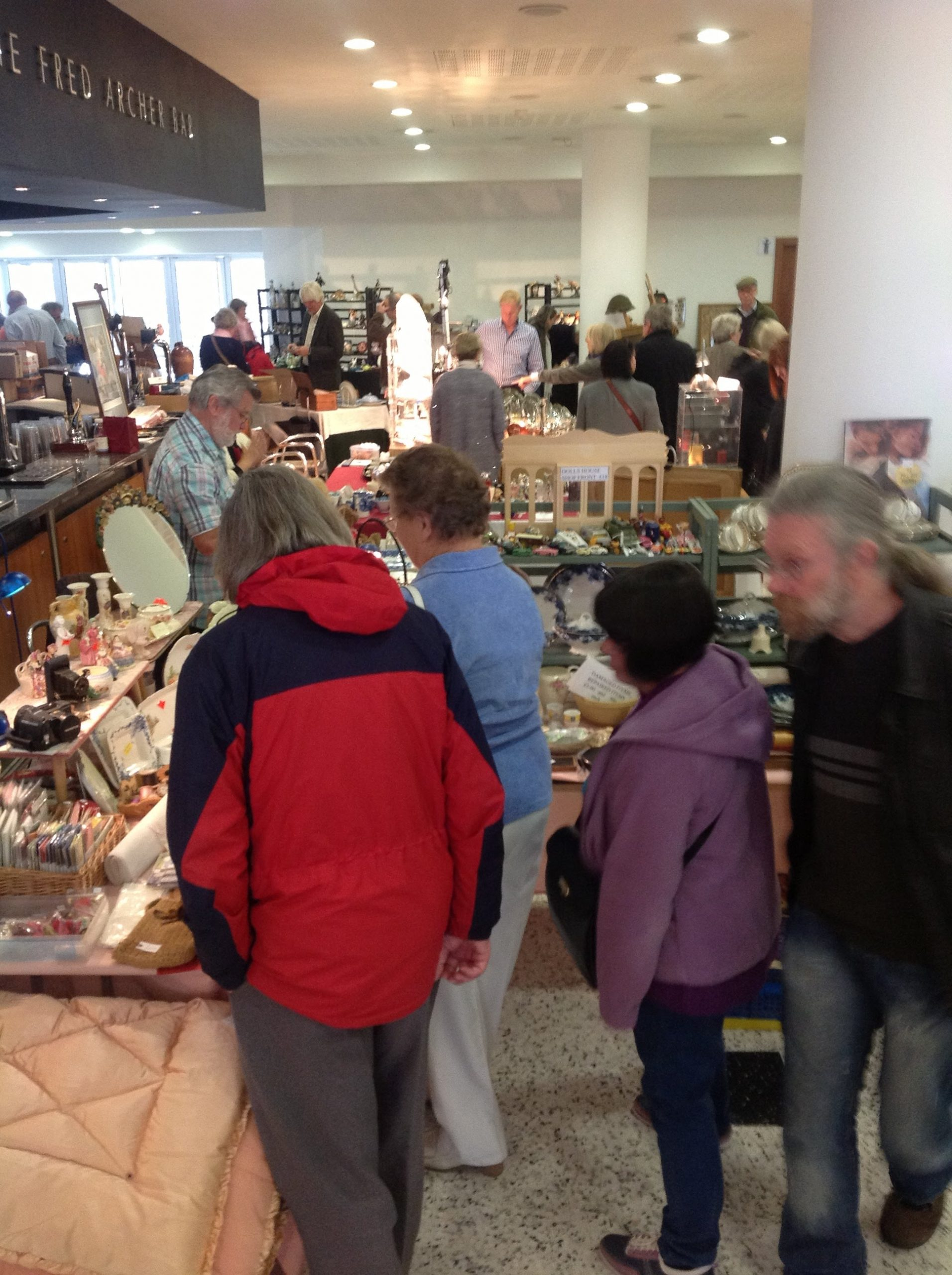 Read more about the article Newmarket Antiques Fair Dates For 2022
