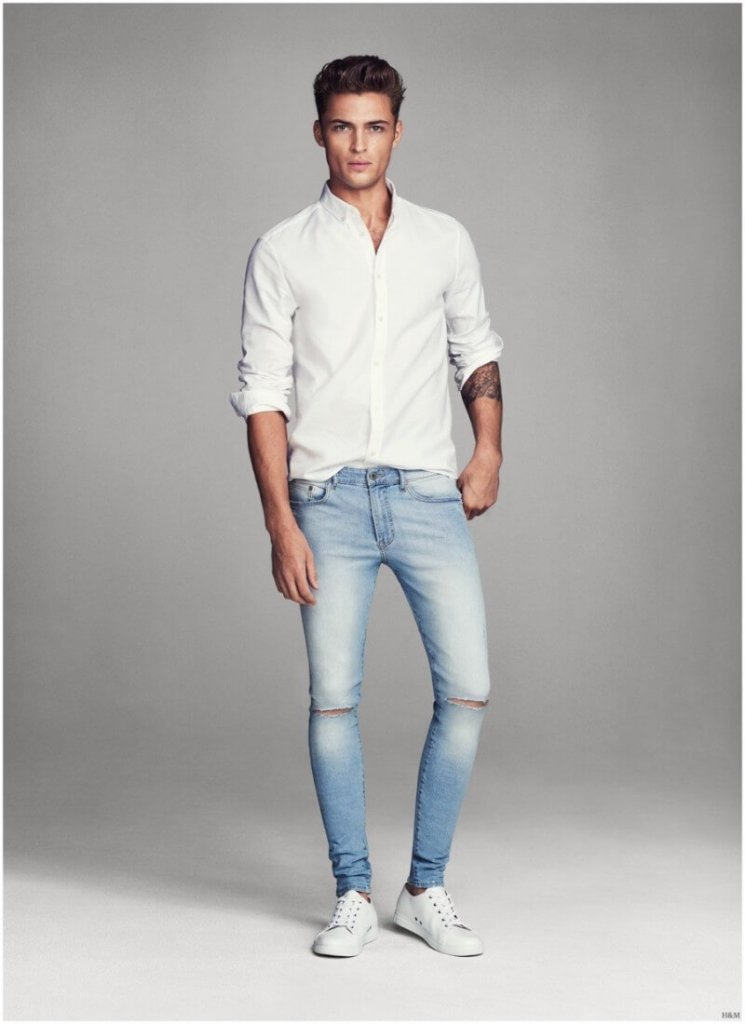 blue jeans with white shirt