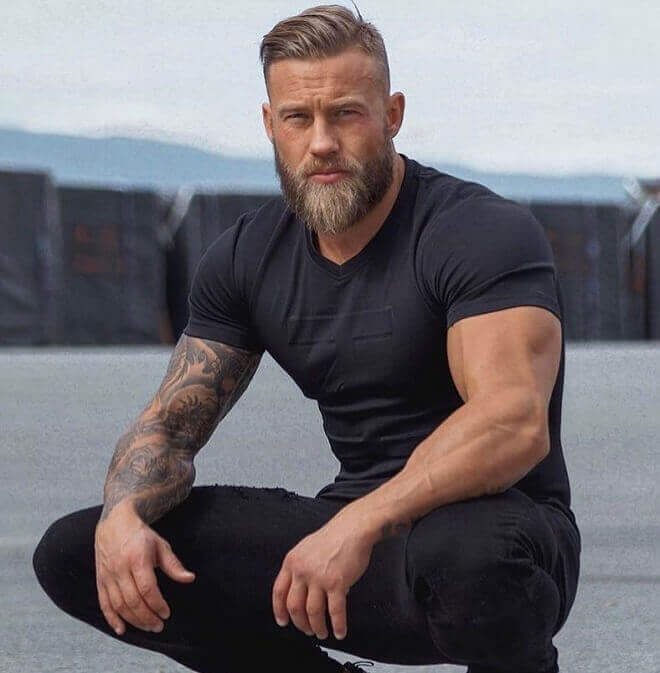 Side Swept Hairstyles for oval faces men