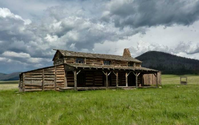 "Cabin built for the film ""Missing"""