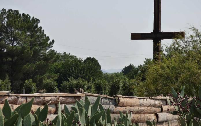 Las Cruces cross