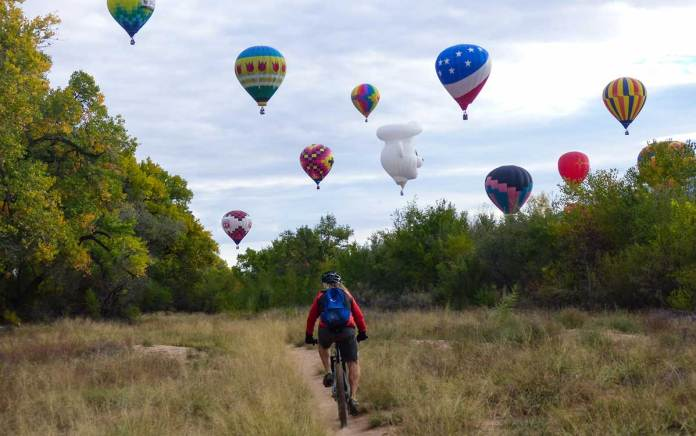 Biking and balloons in the Bosque