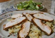 Green chile fettucine alfredo with blackened chicken