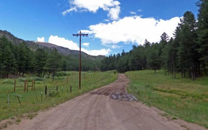 Dirt road to Redondo