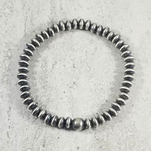 Southwest style Navajo Pearl bracelet