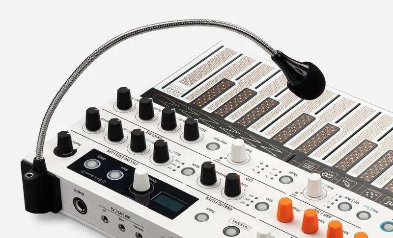 Arturia MicroFreak Vocoder Edition - dettaglio microfono