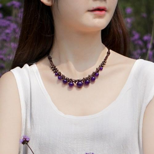 collier tressé en calcédoine violet