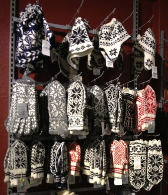 Selbu mittens knitted by Selbuhusflidslag