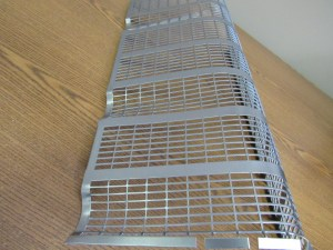 JD A FRONT GRILL SCREEN  9641