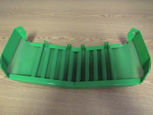 JD 3010 3020 FRONT GRILL SCREEN  0143