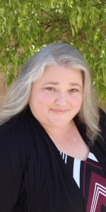 Alyson French bio photo, therapist in Phoenix, Arizona