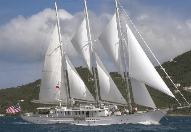 The 10 Best Yachts To Charter In Newport, RI – Newport Buzz