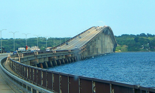jamestown bridge