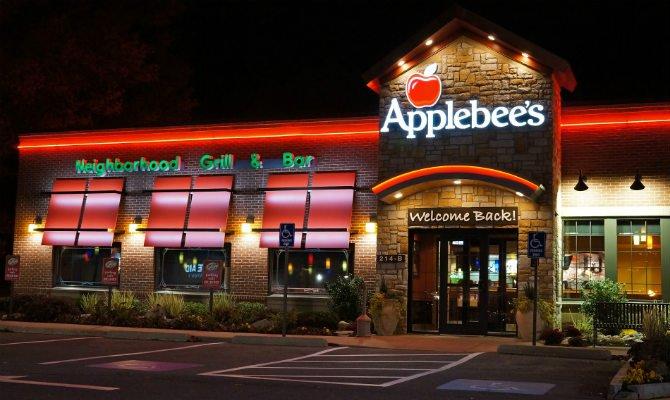 Applebees Middletown RI
