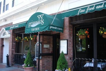 Griswald's tavern Newport Closed