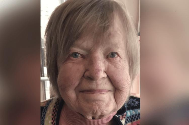 Tiiu Booth, Obituary Newport