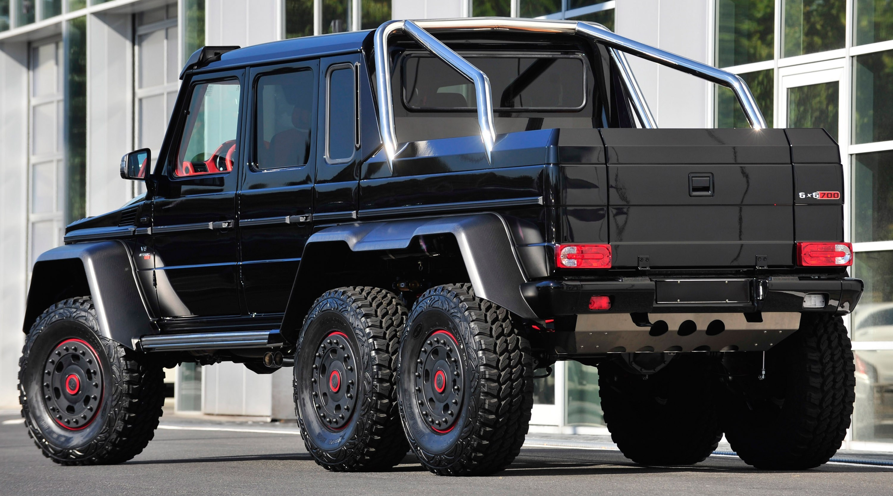 armored mercedes g63 amg 6x6. Black Bedroom Furniture Sets. Home Design Ideas