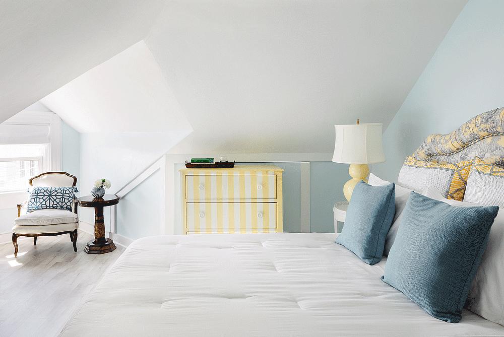 The Captain's Suite - Room 1 | Newport Inns of Rhode Island